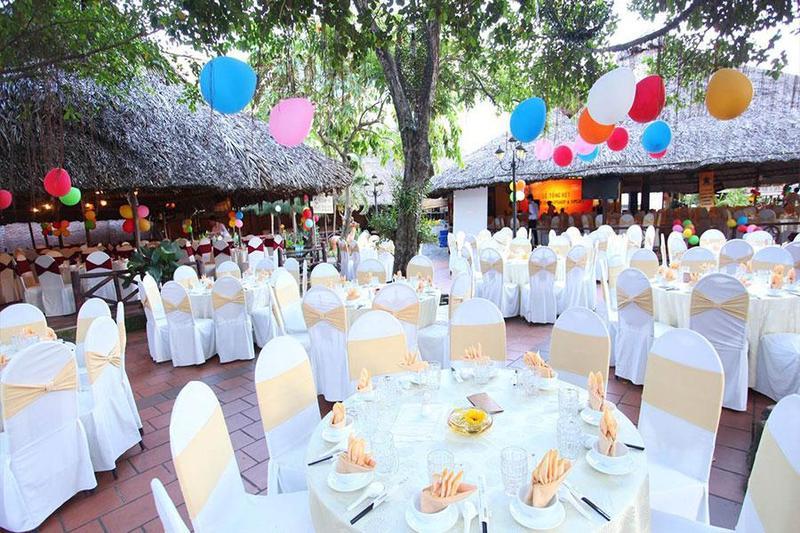 5 tông màu nổi bật được lựa chọn khi tổ chức tiệc liên hoan tại công ty