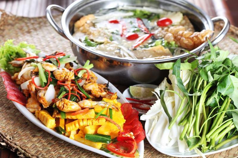 Điểm danh 5 món lẩu cực ngon trong menu nấu tiệc tại nhà của Hai Thụy Catering