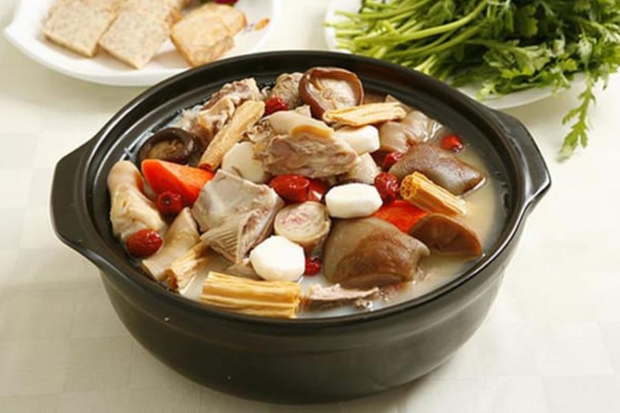Bí quyết nấu tiệc tại nhà quận 5 thơm ngon, hấp dẫn được chế biến từ thịt dê